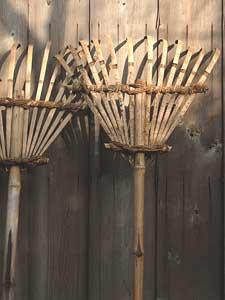 伝統的な竹製のクマデ